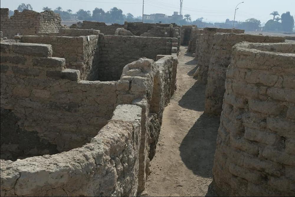 """العثور على مدينة """"صعود آتون"""" الشامخة منذ 3000 عام"""